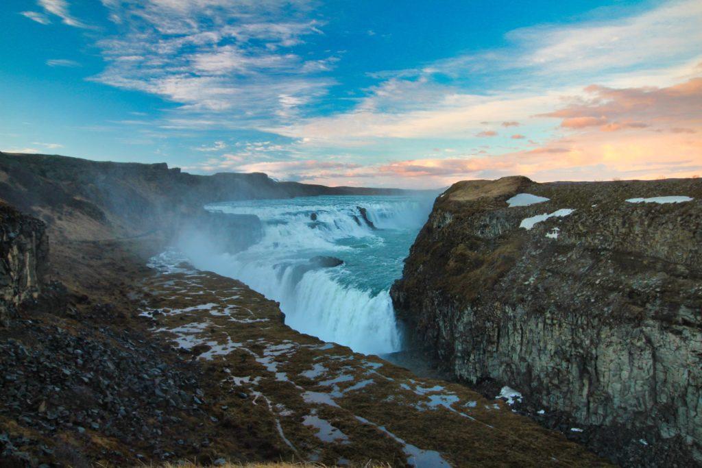 Gullfoss, der wohl bekannteste Wasserfall von Island